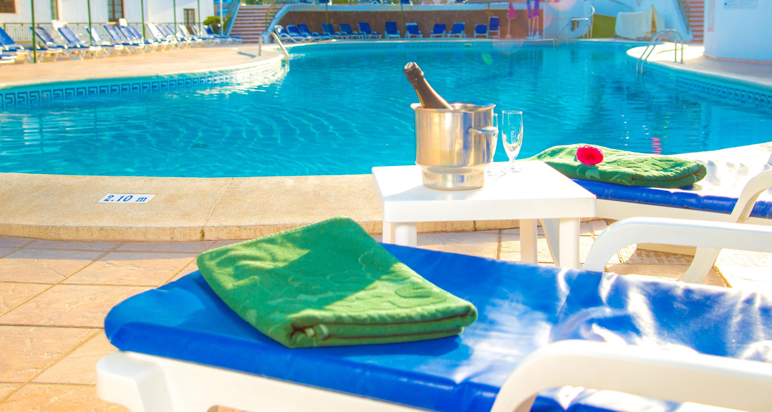 Las Rosas WimPen Swimming Pool 7