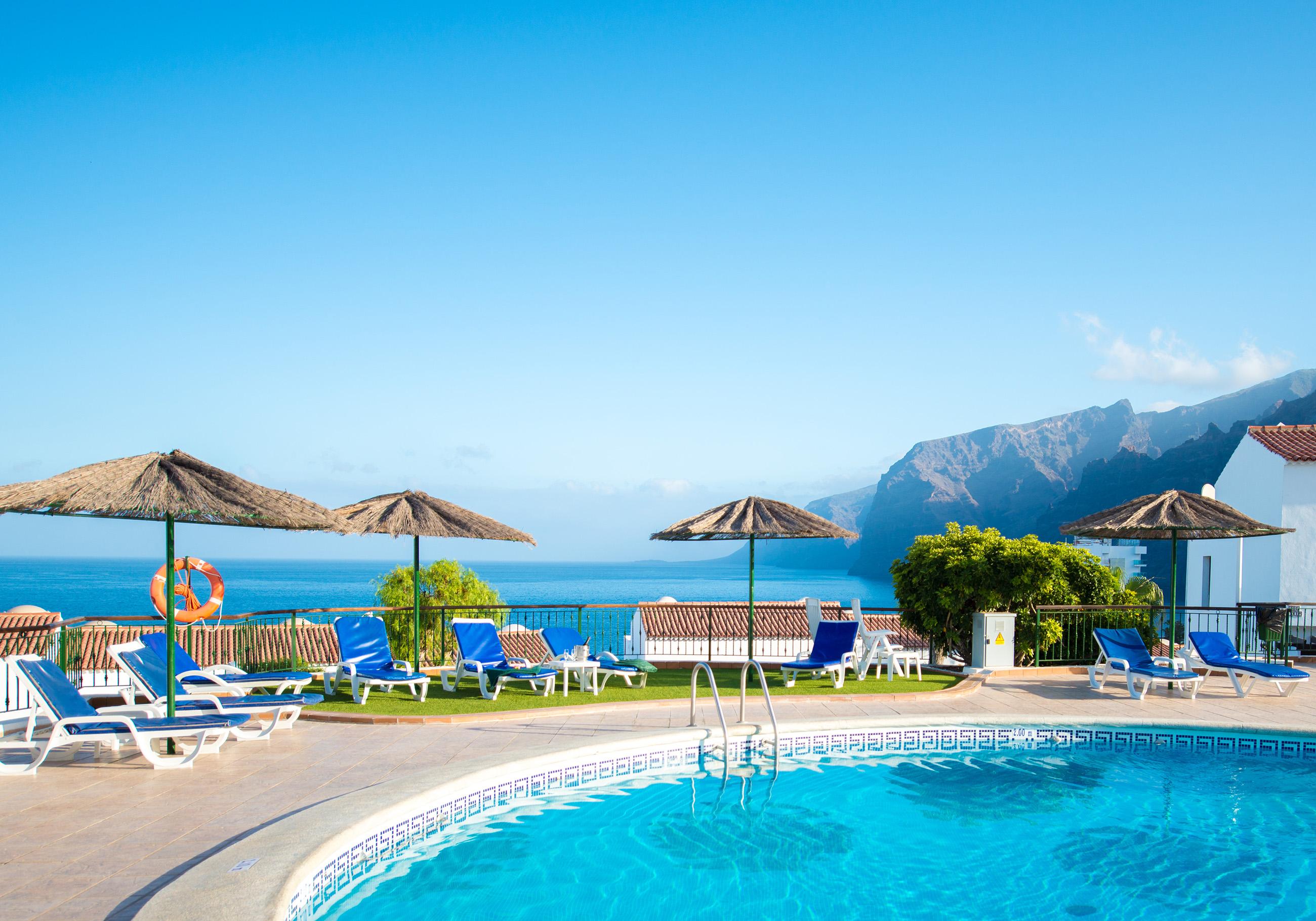 Las Rosas WimPen Swimming Pool 9