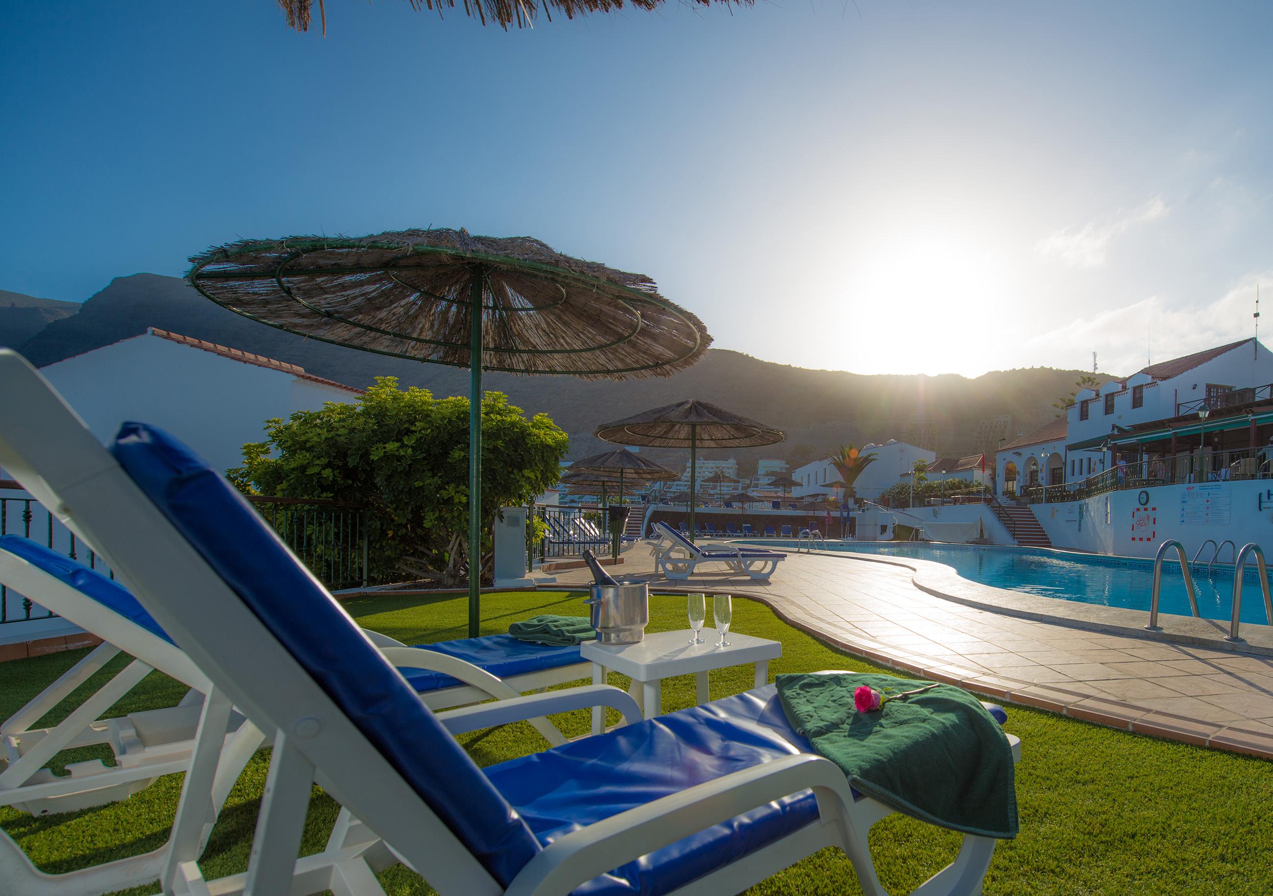 Las Rosas WimPen Swimming Pool 11