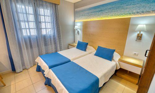 Hotel Rosas Bedroom Sea